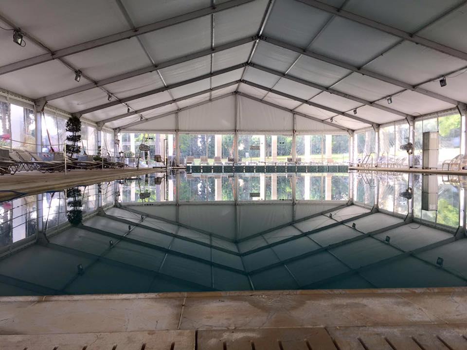 אוהל שקוף לקירוי בריכה במלון קינג דייויד ירושלים