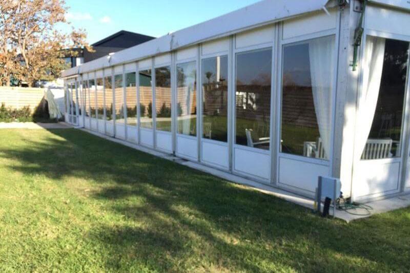 למה לבחור אוהלים ניידים לאירועים לעומת מבנה?