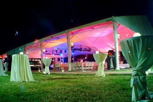 איך לארגן ערב קונספט עם אוהל להשכרה?