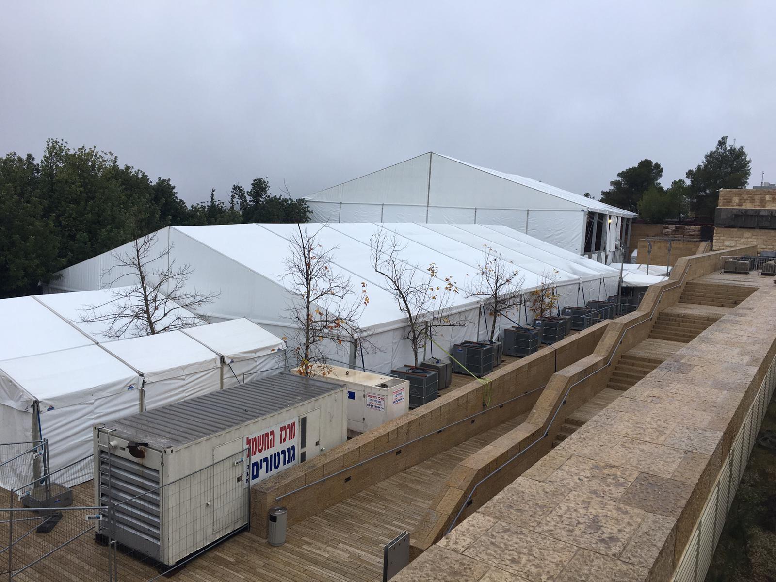 יתרונות השימוש במצנן באירועים באוהלים